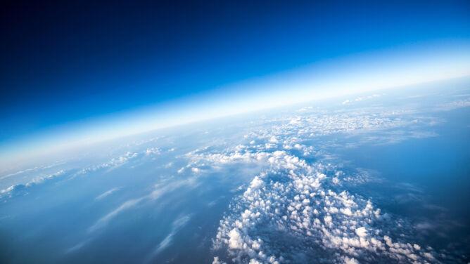 Balonem na granicę kosmosu. Wycieczki za prawie ćwierć miliona złotych