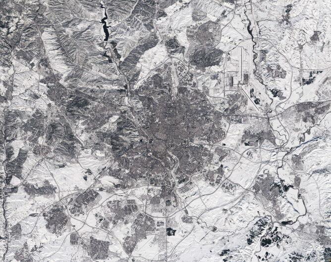 Zdjęcie satelitarne Europejskiej Agencji Kosmicznej wykonane nad Madrytem 11 stycznia (PAP/EPA/EUROPEAN SPACE AGENCY HANDOUT)